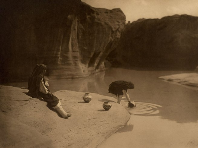 Edward S. Curtis (1868 - 1952) 'At the Old Well - Acoma' 1904