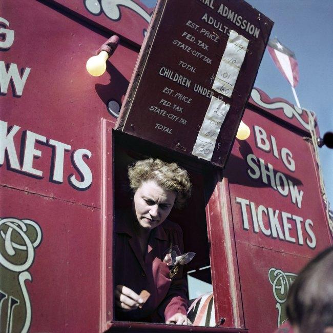Robert Capa (1913 - 1954) 'Rambaugh Family Circus, Indiana, USA' 1949