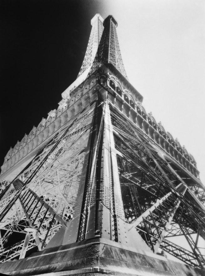 François Kollar. 'La Tour Eiffel' 1930