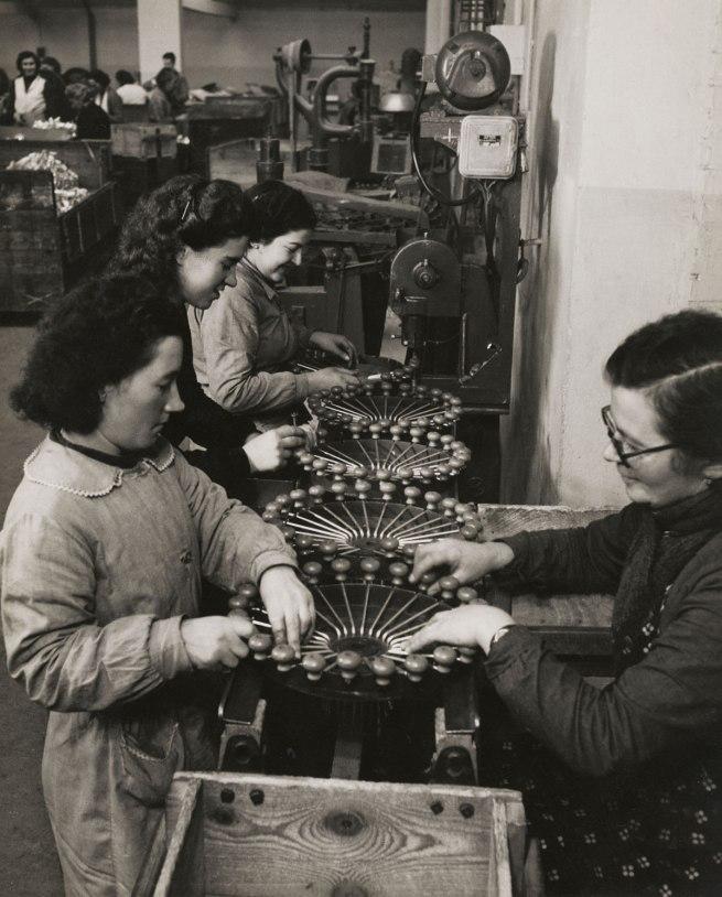 François Kollar. 'Untitled [Fabrication des moulins à légumes, usine Moulinex, Alençon]' 1950