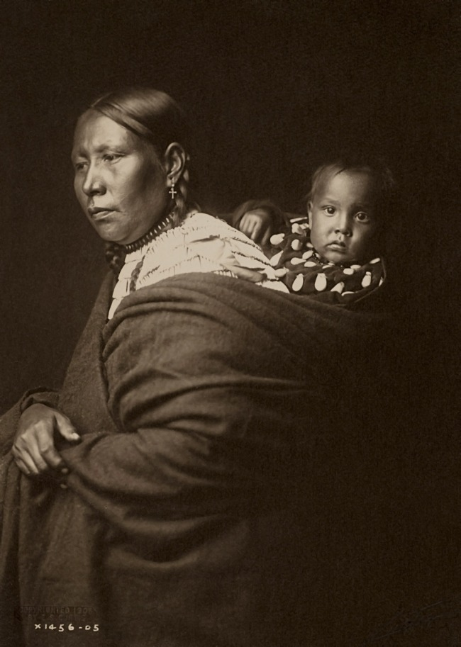 Edward S. Curtis (1868 - 1952) 'Sioux Mother and Child' 1905