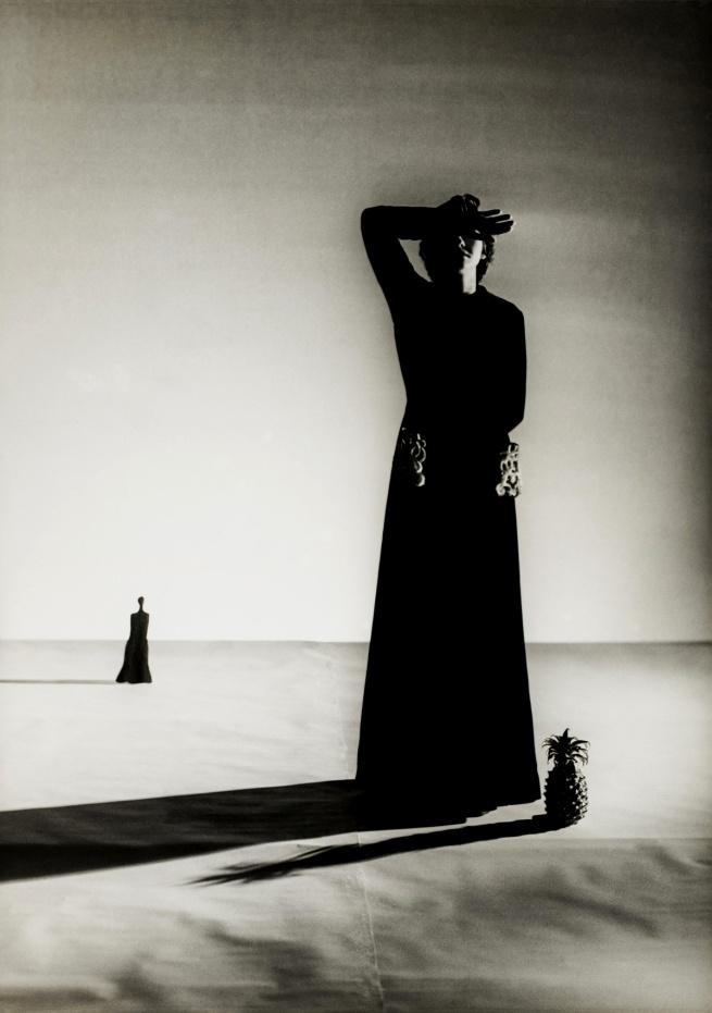 Genia Rubin. 'Lisa Fonssagrives. Robe : Alix (Madame Grès)' 1937