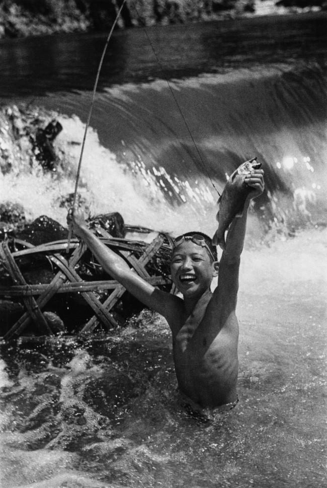 Ken Domon. 'Pesca all'ayu' 1936