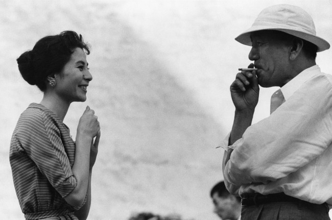 Ken Domon. 'Kuga Yoshiko (attrice/actress) and Ozu Yasujirō (regista/director)' 1958