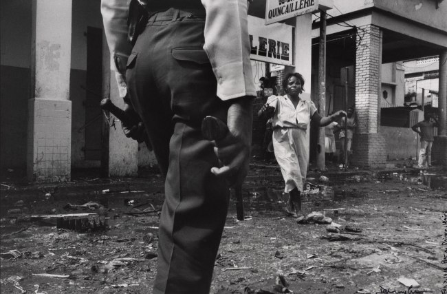 Danny Lyon. 'Boulevard Jean-Jacques Dessalines, Port-au-Prince, Haiti' February 7, 1986