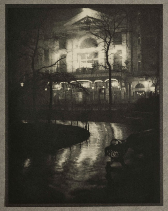 Alvin Langdon Coburn. 'Leicester Square (The Old Empire Theatre)' 1908, published 1909