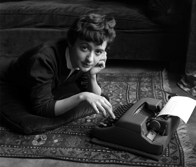 Sabine Weiss. 'Françoise Sagan chez elle, lors de la sortie de son premier roman Bonjour tristesse' Paris, 1954