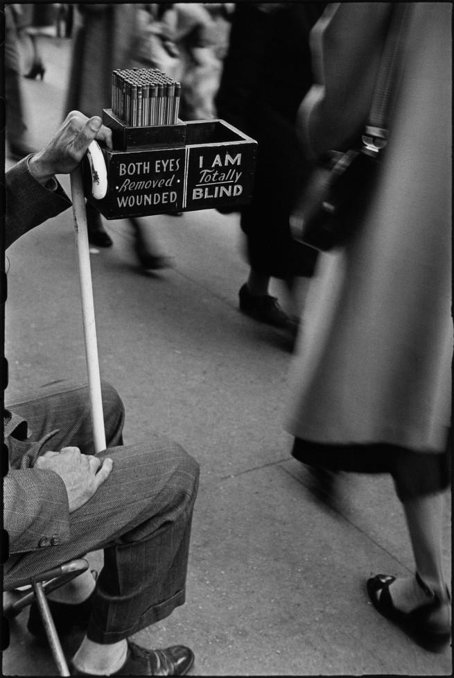 Louis Faurer. 'Market Street, Philadelphia' 1937