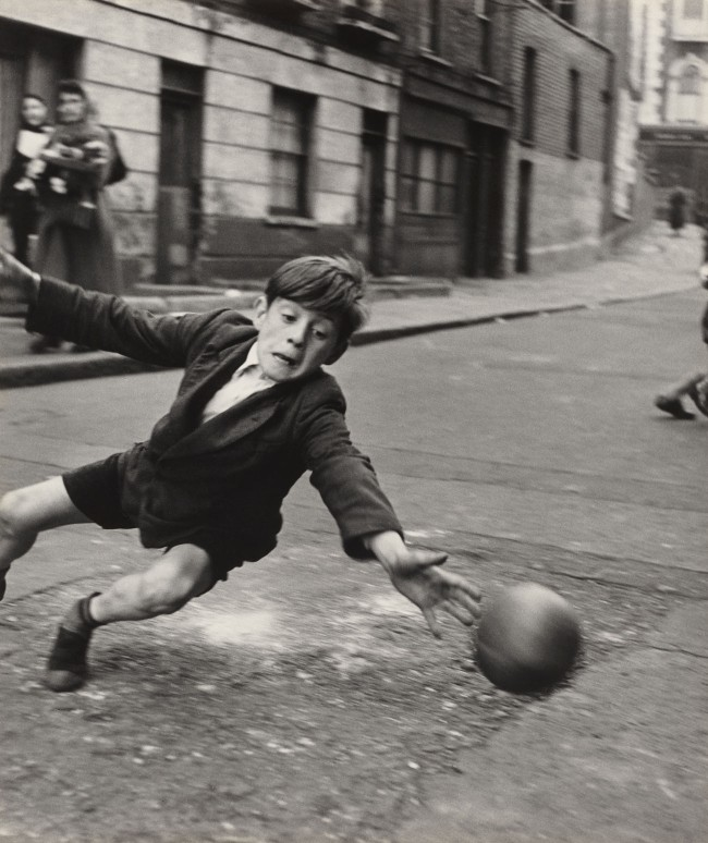 Roger Mayne. 'Goalie, Street Football, Brindley Road' 1956