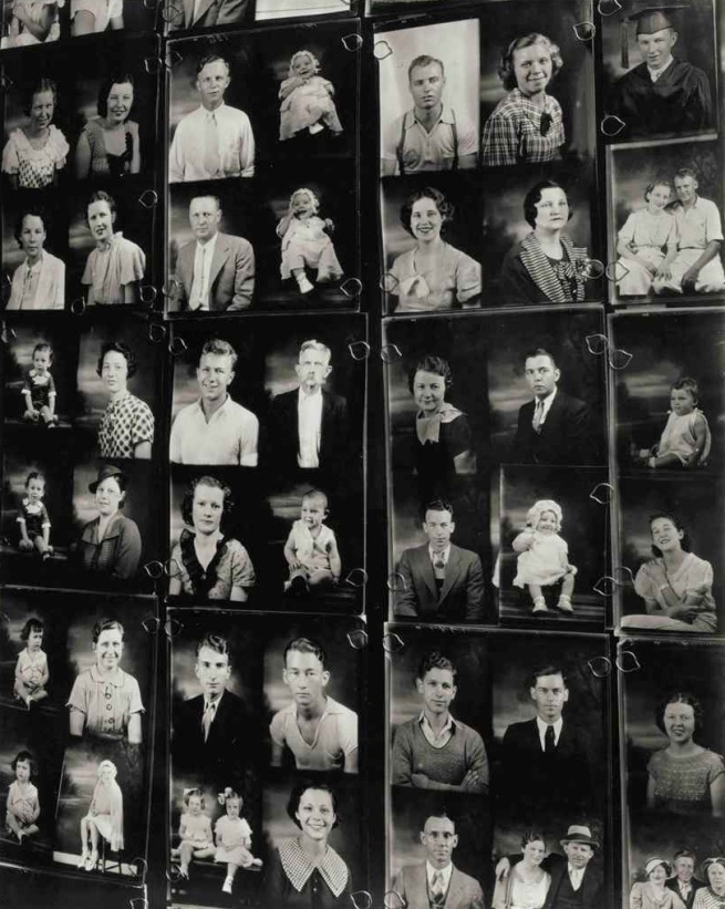 Walker Evans. 'Photographer's Display Window, Birmingham, Alabama' 1936