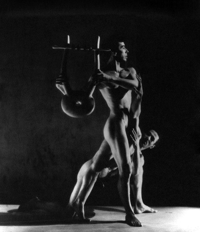 George Platt Lynes. 'Orpheus (Nicholas Magallanes and Francisco Moncion)' 1950
