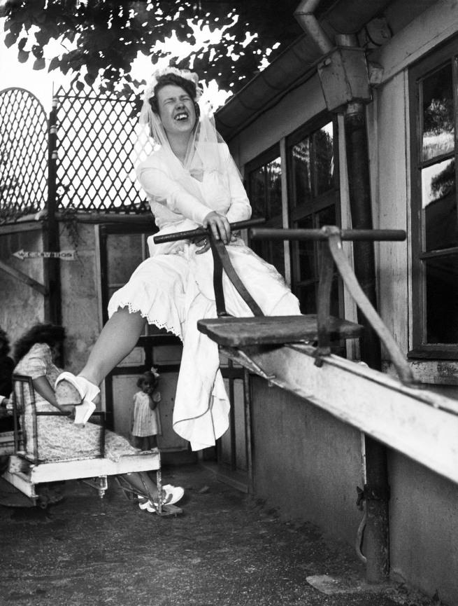 Robert Doisneau. 'La mariée chez Gégène' (The bride at Gégène) 1946