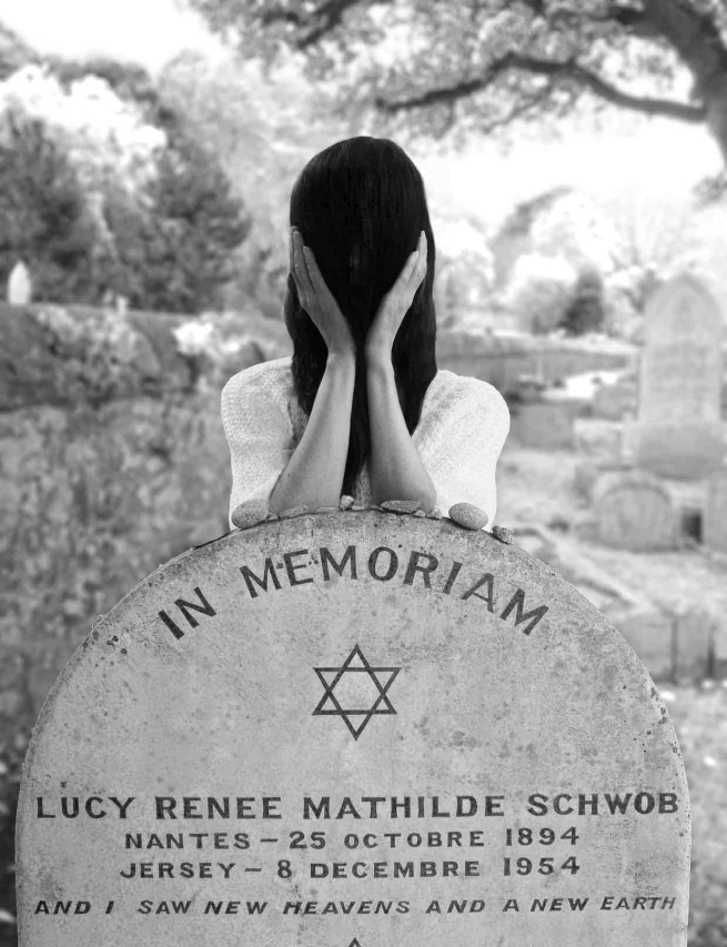 Gillian Wearing. 'At Claude Cahun's grave' 2015