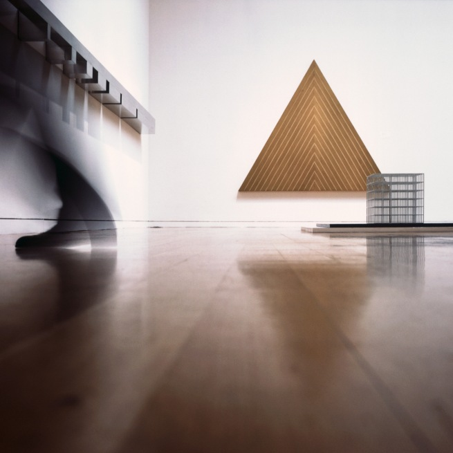 Louise Lawler. 'Triangle (adjusted to fit)' 2008/2009/2011