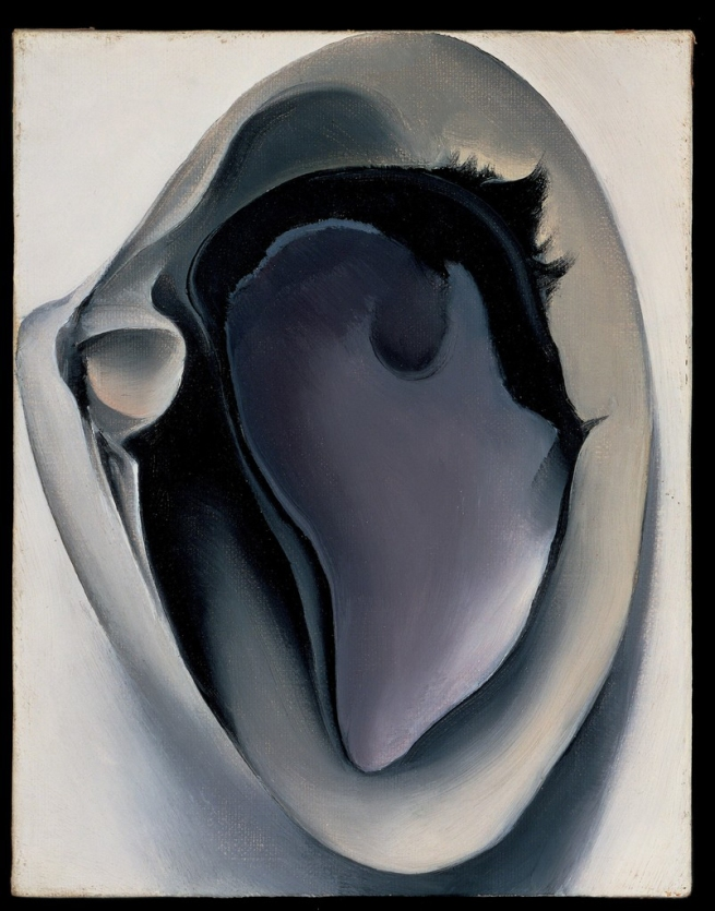 Georgia O'Keeffe (American, 1887-1986) 'Clam and Mussel' 1926