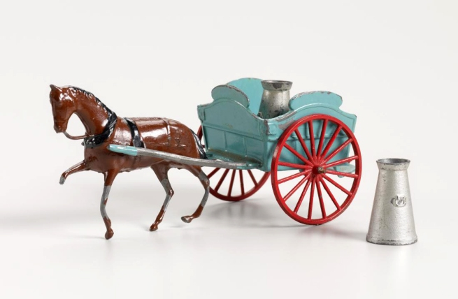 Britains Ltd, London manufacturer (England 1860-1997) 'Milk float and horse' c. 1950