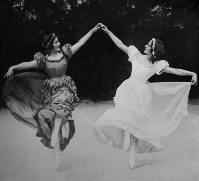 Rudolf Jobst (Vienna) 'Schwestern Wiesenthal [Wiesenthal sisters]' c. 1928
