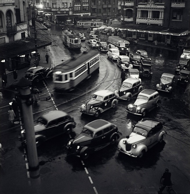 Max Dupain (Australia 1911-92) 'Rush hour in King's Cross' 1938, printed c. 1986