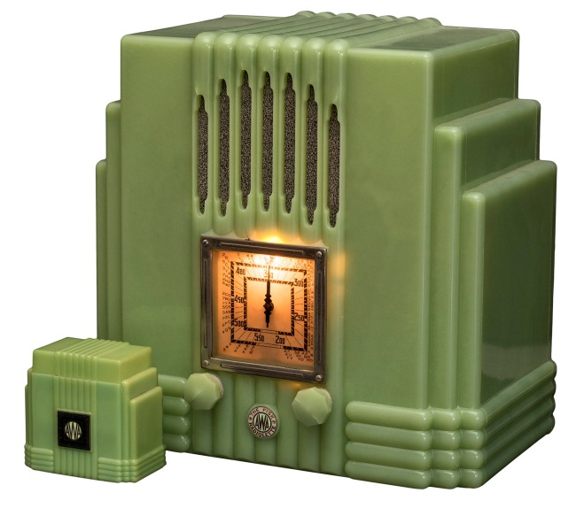 Amalgamated Wireless (Australasia) Ltd., Sydney (manufacturer) est. 1913 'AWA Radiolette 'Empire State' and cigarette box (green)' 1934