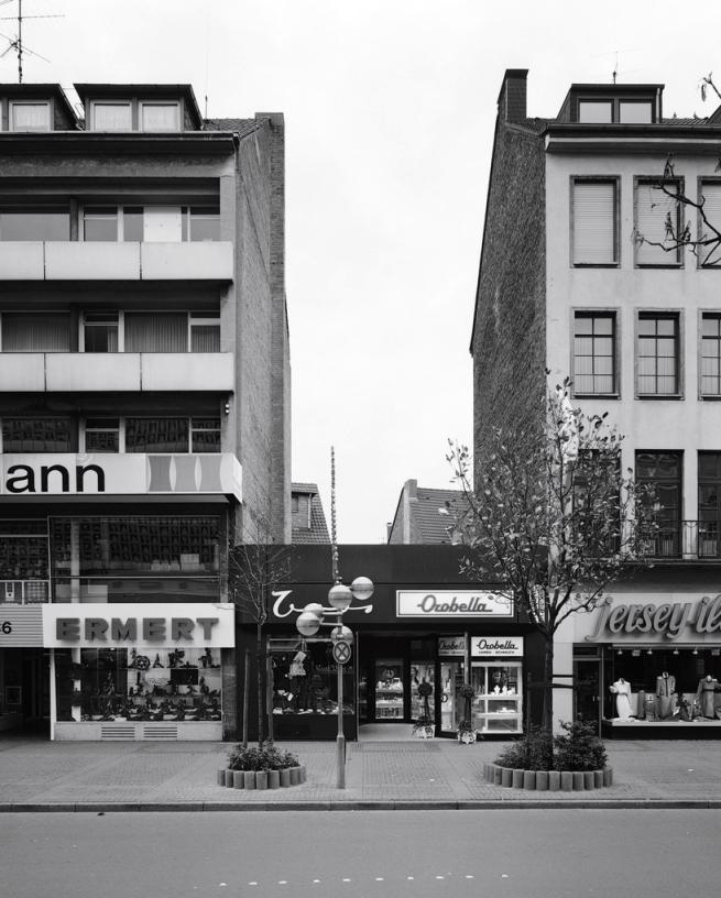 Volker Döhne (b. 1953) 'Krefeld, Rheinstraße 88 (Reconstruction II)' 1990 (1992)