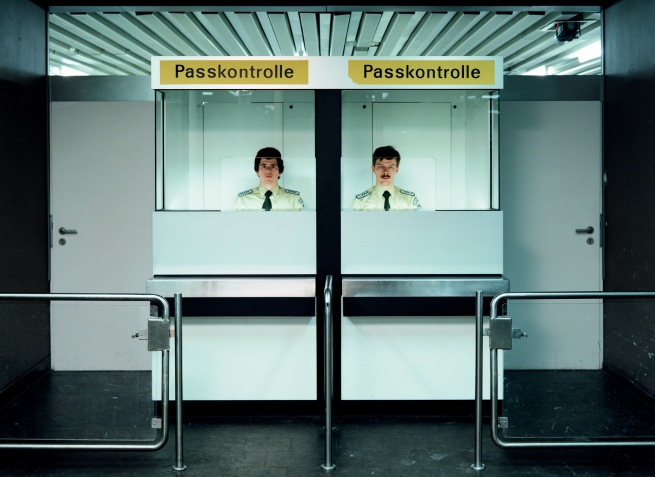 Andreas Gursky (*1955) 'Doorman, Passport Control' 1982 (2007)