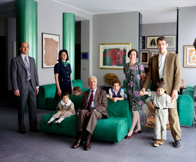 Thomas Struth (*1954) 'The Consolandi Family, Milan 1996' 1996 (2014)