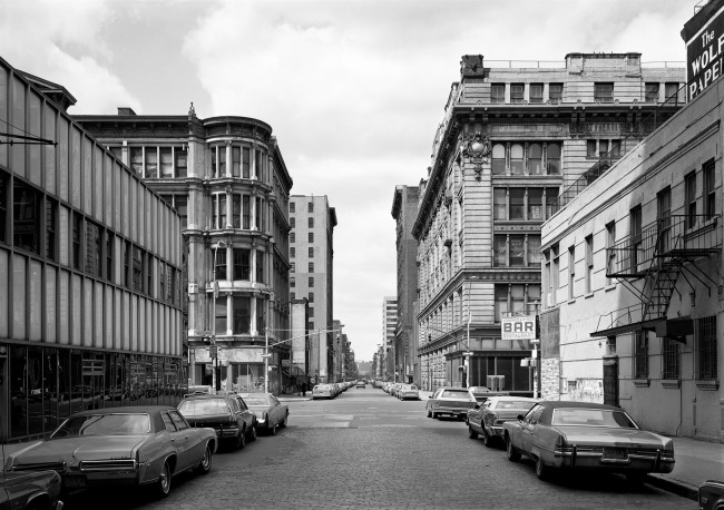 Thomas Struth (*1954) 'West 21st Street, Chelsea, New York' 1978 (1987)