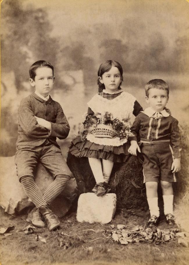 Albert Lomer. 'Three children' c. 1885