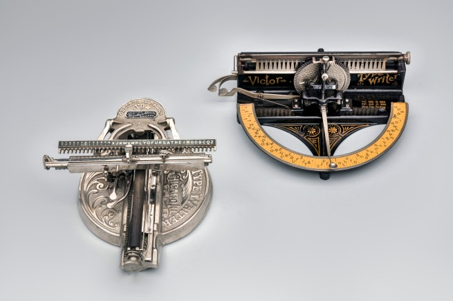 Odell Type Writer No. 4 c. 1900 (left) and Victor Type Writer 1889-92 (right)