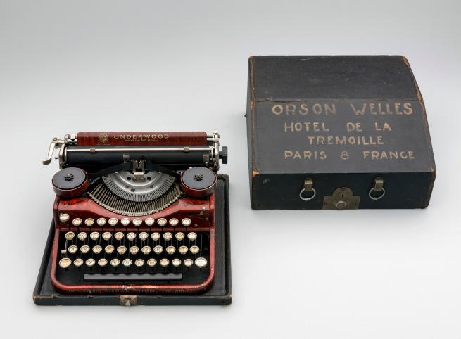 Underwood Standard Portable Typewriter with hand-lettered case 1926