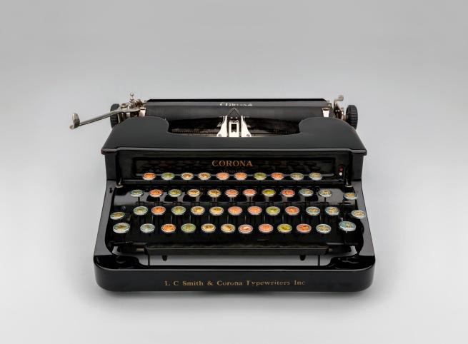 Corona Standard with Animal Keyboard 1936