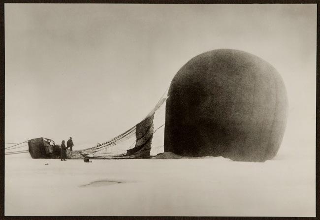 Nils Strindberg. '14/7 1897. The Eagle Balloon after landing' 1897/1930