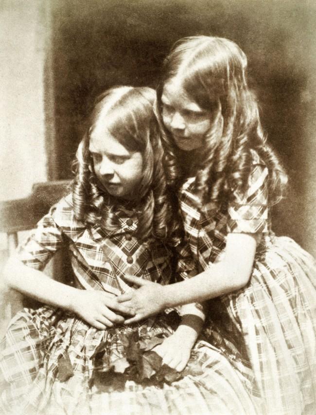 Robert Adamson and David Octavius Hill. 'Misses Grierson' c. 1845