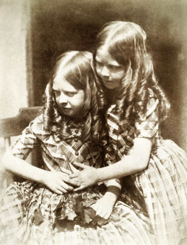Robert Adamson and David Octavius Hill. 'Misses Grierson' c. 1845