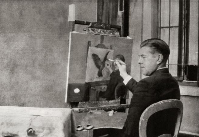 Jacqueline Nonkels. 'René Magritte painting 'Clairvoyance'' Brussels, 4 October 1936