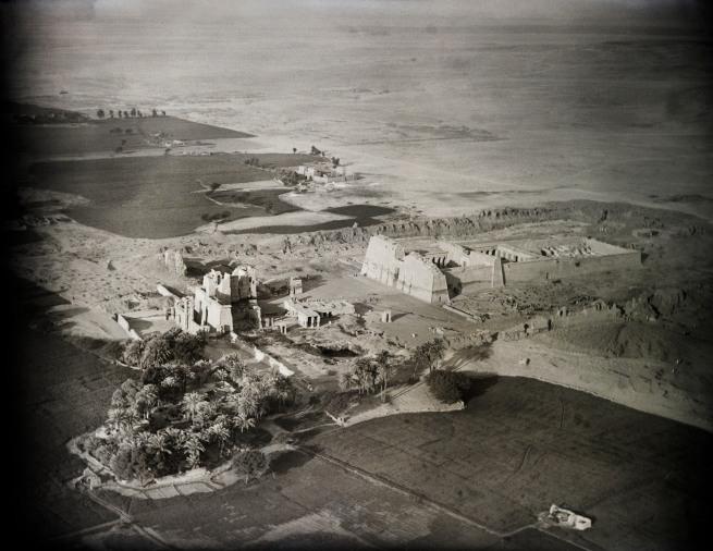 Walter Mittelholzer. 'Totentempel Ramses III., Theben' 1929