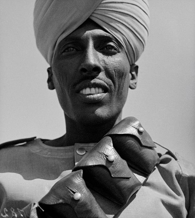 Walter Mittelholzer. 'Sudanesischer Kolonialsoldat des englischen Imperiums' c. 1934