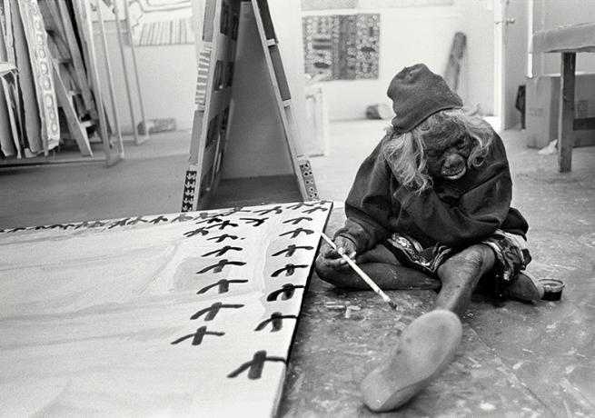 Judith Crispin. 'Lily Nungarrayi Yirringali Jurrah-Hargraves Painting' 2015