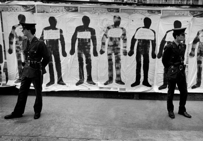Eduardo Gil (Argentine, born 1948) 'Siluetas y canas. El Siluetazo. Buenos Aires 21-22 de setiembre, 1983' / 'Silhouettes and Cops. El Siluetazo. Buenos Aires, September 21-22, 1983' 1983