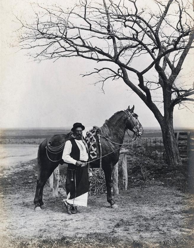 "Francisco Ayerza Estudio para la edición de ""Martín Fierro,"" gaucho con caballo / Study for an edition of Martín Fierro, Gaucho with Horse c. 1890, print about 1900 - 1905"
