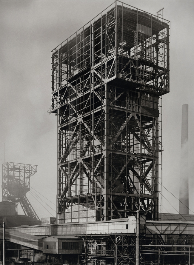 "Albert Renger-Patzsch (1897-1966) 'Zeche ""Heinrich-Robert"", Turmförderung, Pelkum bei Hamm [Headframe at the Heinrich-Robert colliery in Pelkum, near Hamm]' 1951"