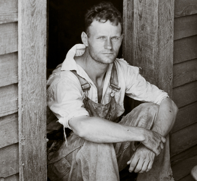 Walker Evans (1903-1975) 'Floyd and Lucille Burroughs, Hale County, Alabama' 1936 (detail)