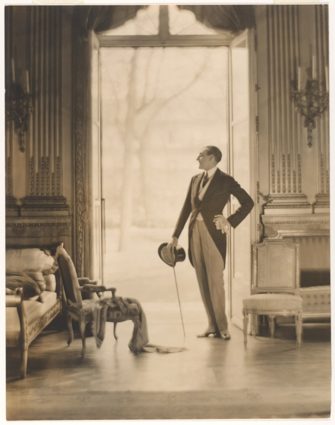 Adolf de Meyer (American (born France), Paris 1868-1946 Los Angeles, California) 'Etienne de Beaumont [Count Etienne de Beaumont (French, 1883-1956)]' c. 1923