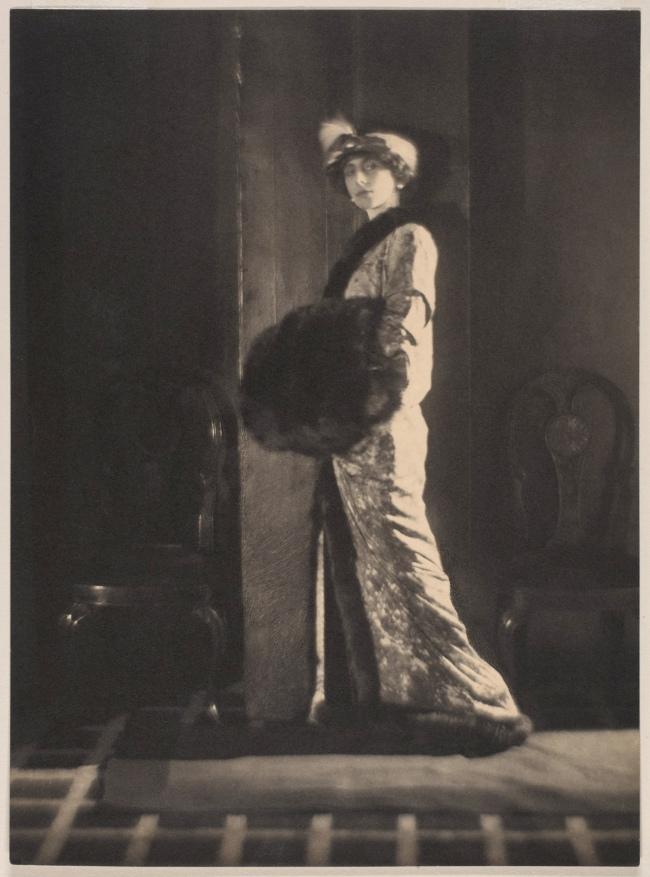 Adolf de Meyer (American (born France), Paris 1868-1946 Los Angeles, California) 'Olga de Meyer' c. 1912