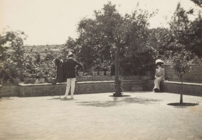 Adolf de Meyer (American (born France), Paris 1868-1946 Los Angeles, California) '[Adolf de Meyer Photographing Olga in a Garden]' 1890s