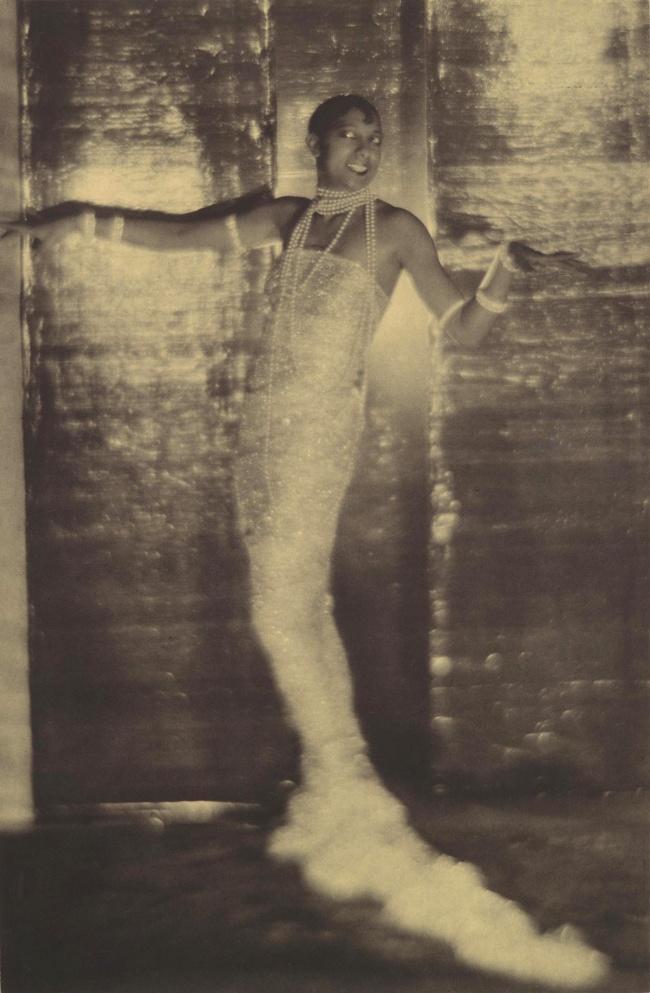 Adolf de Meyer (American (born France), Paris 1868-1946 Los Angeles, California) 'Josephine Baker' 1925-26