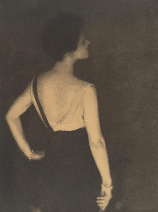 Adolf de Meyer (American (born France), Paris 1868-1946 Los Angeles, California) 'Rita de Acosta Lydig' 1917