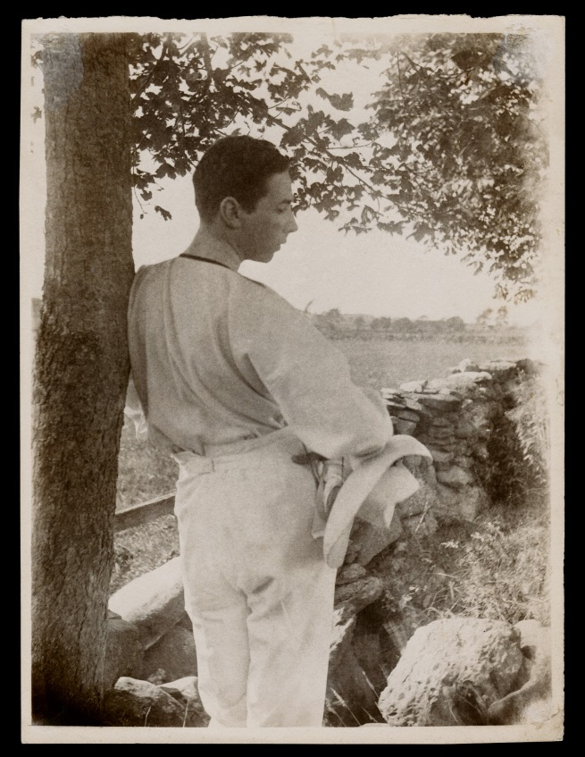 Gertrude Käsebier. 'Baron Adolf de Meyer (Leaning Against Tree)' 1903