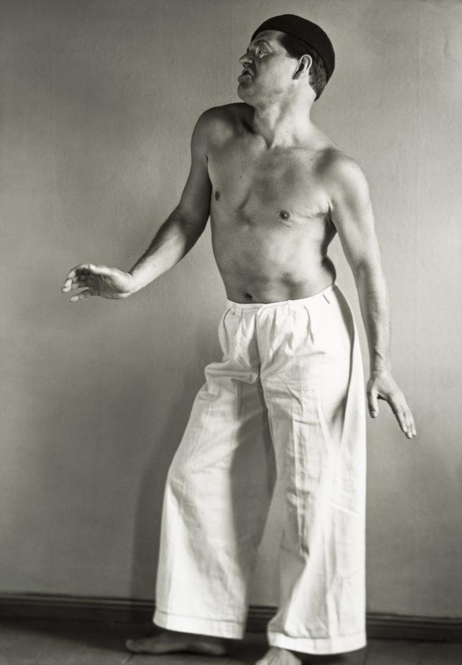 August Sander (1876-1964) 'Raoul Hausmann en danseur' 1929