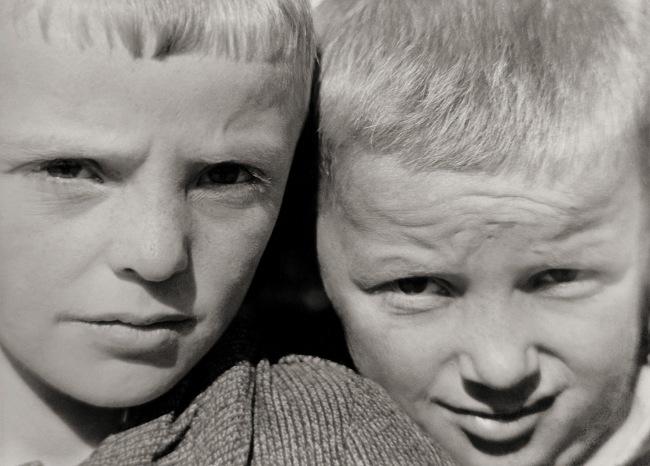 Raoul Hausmann (1886-1971) 'Enfants de la Frise [Children of Friesland]' Between 1927 and 1933